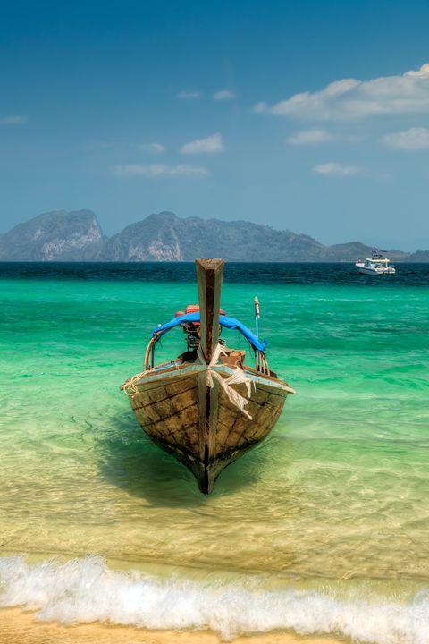 Thai Longboat - Adrian Evans Photography