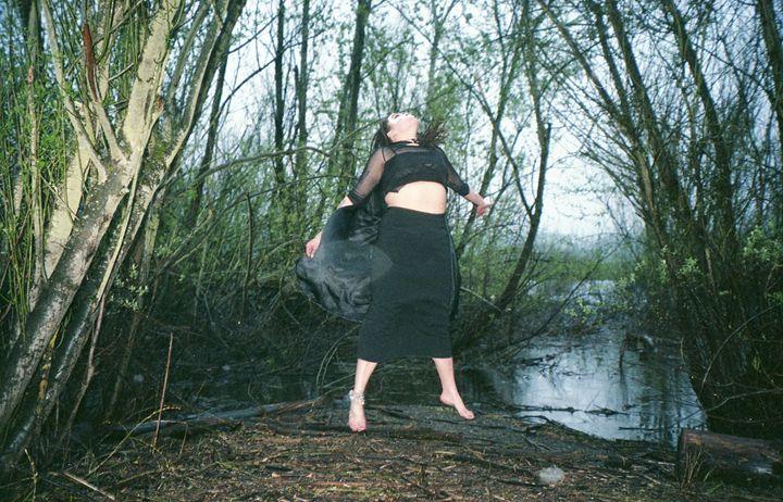 Levitate - Haley Jensen