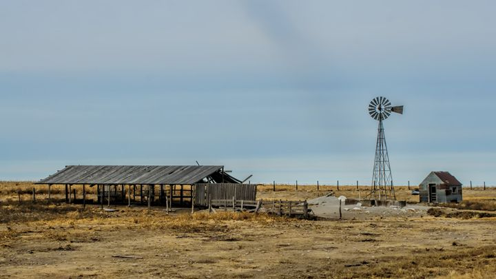 Old Shed and Windmill - Ad Astra Images