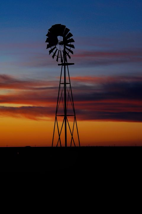 Kansas Windmill at Sunset - Ad Astra Images
