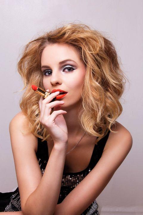 Lipstick Addiction - CapletteArt
