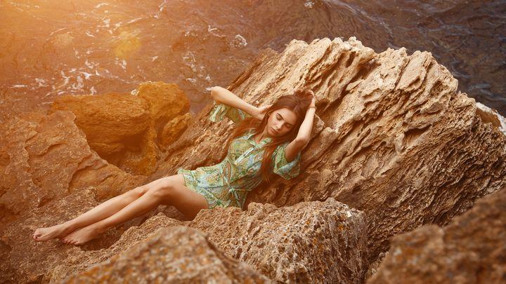Girl on the stones - KRIVONOS