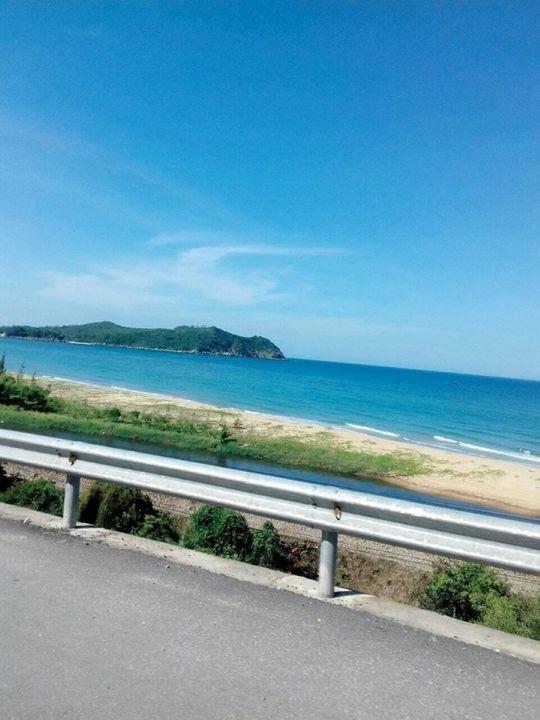 bãi biển bên con đường - Good-A