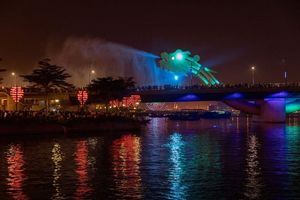 cầu rồng buổi tối