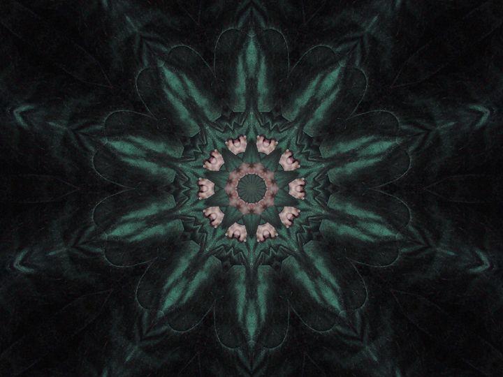 Beauty Of Emerald - Starlight