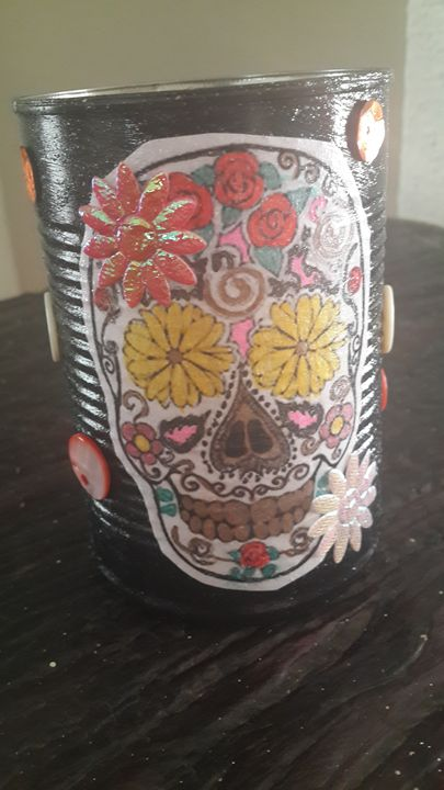 Skull Gift Tin - Upcycled Art & Crafts