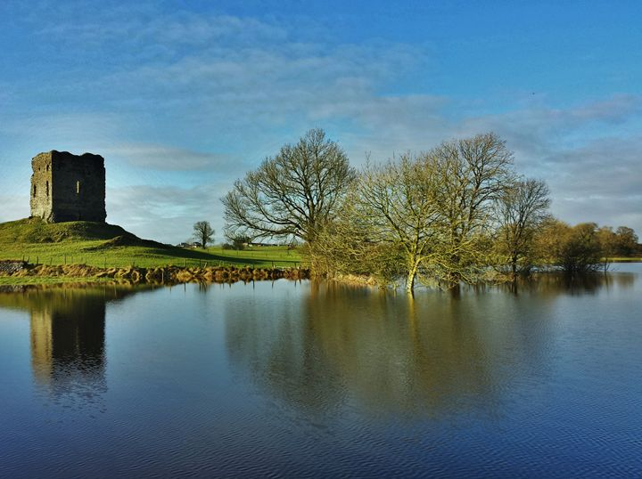 Castle Tower - Pictures of Ireland