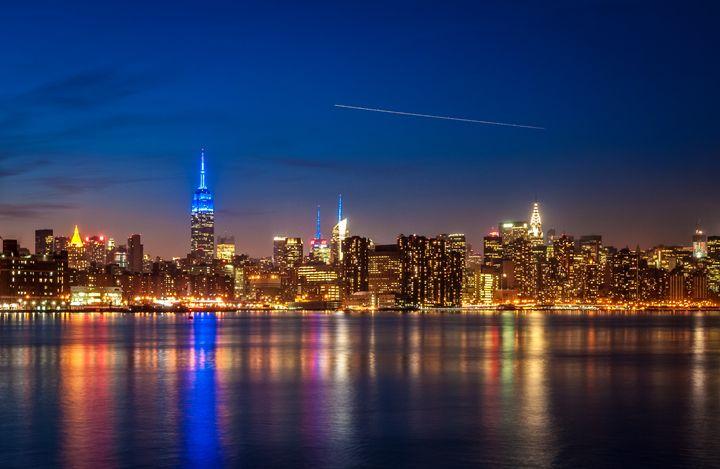 Manhattan Twilight - Idan Gil