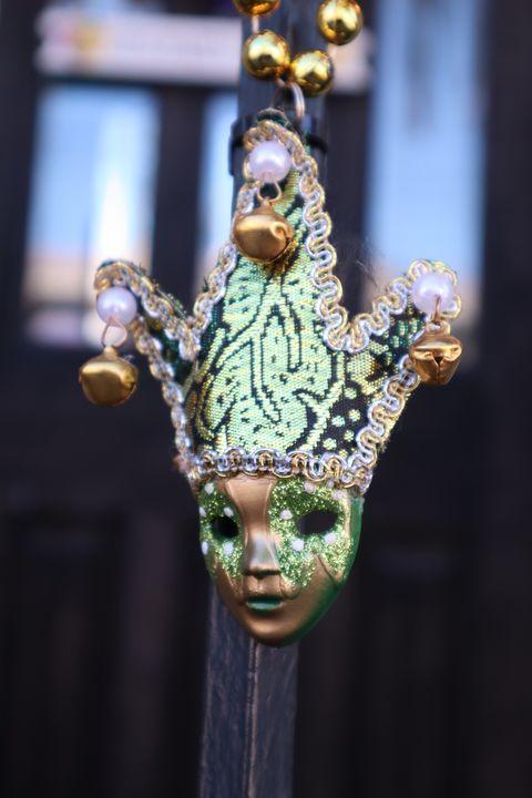 Little Green Mask - Sophia Zeteo