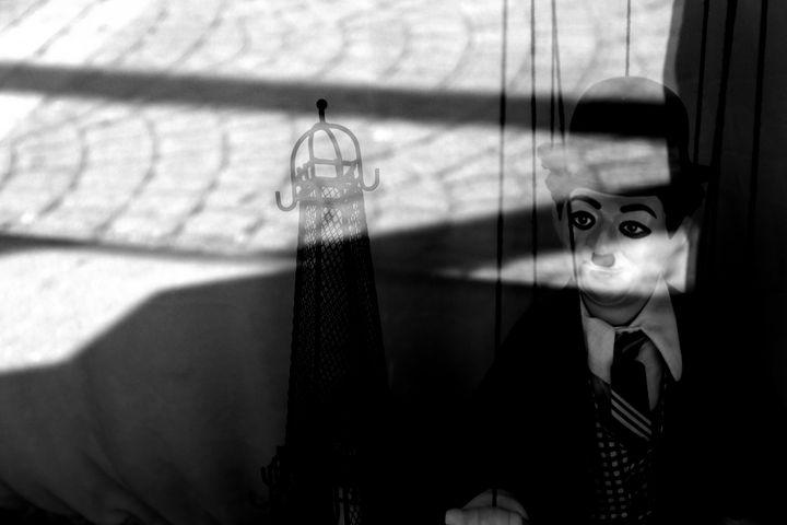 Charlie Chaplin Man - Sophia Zeteo