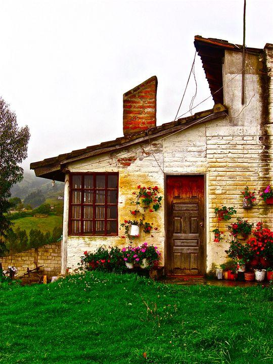 Ecuadorian Cottage -  Solshinestudio