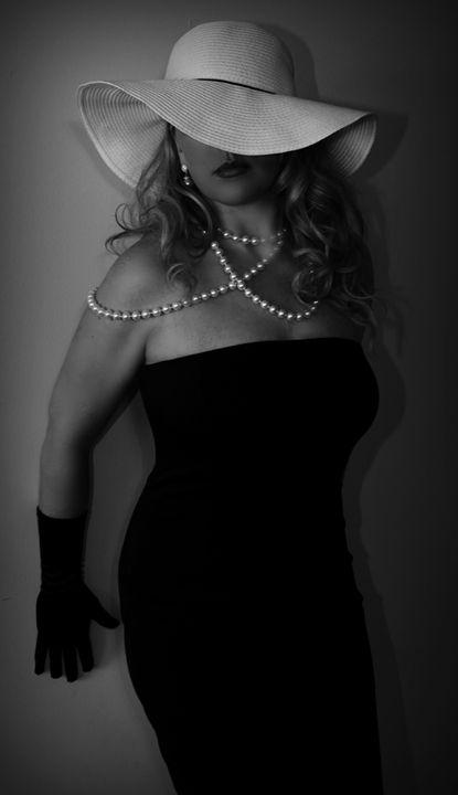 Beauty - Jennifer Doser