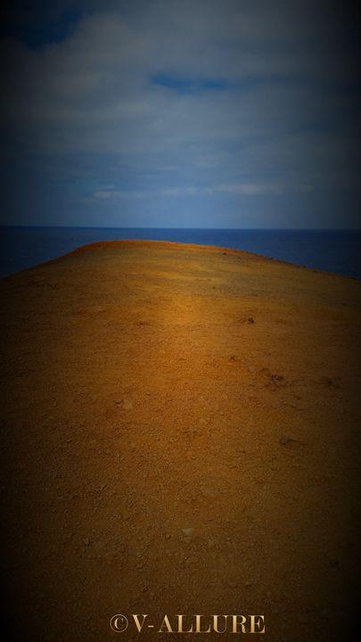 Sandy Cliff - V-ALLURE ART