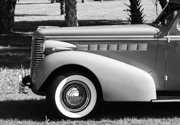 Ron Vellekoop's '38 Buick Century BW - Mike Babic Photography
