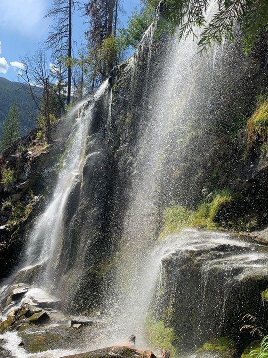 Silver falls - Kellie ferguson
