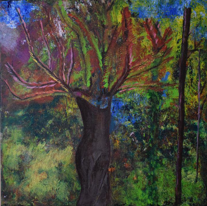 Female Tree - Nubia Cucchi