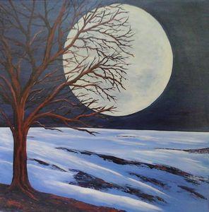 Baum im Mondschein