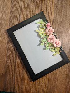 Floral photoframe