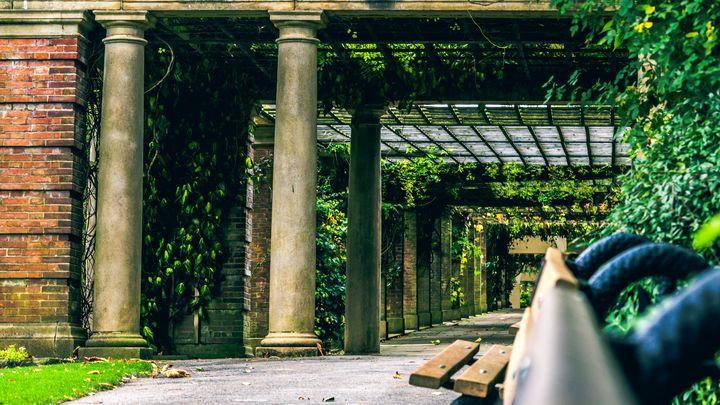 Harrogate Colonnades - iamgprk