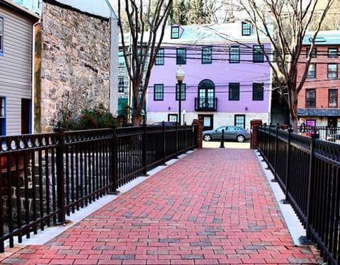 Red brick road - Yeimy Esp