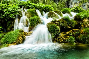 Flows of Plitvice