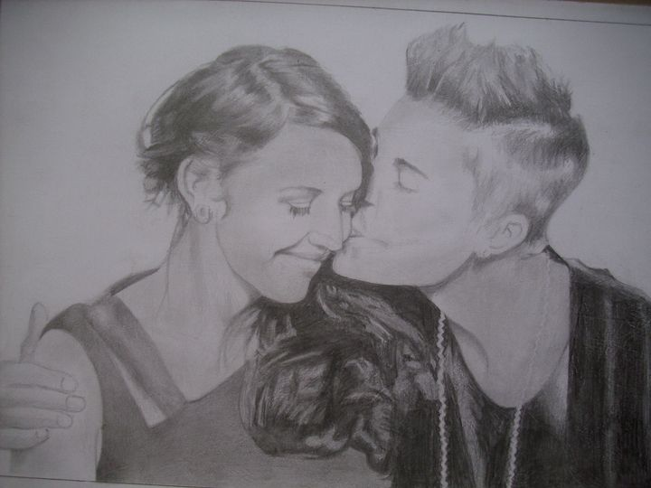 Drawing Of Justin Bieber And His Mom - treasuregem.artpages