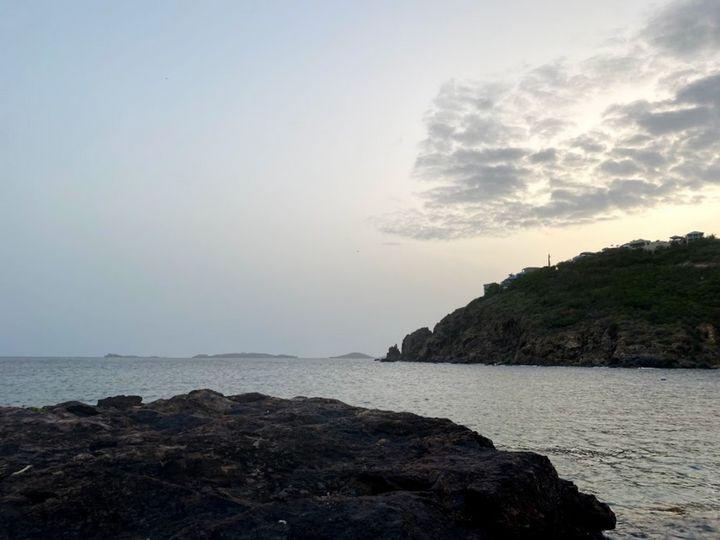 On The Rocks - Vanessa Descoteaux