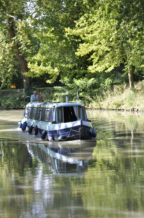Cruising on the canal - Leigh Rowland