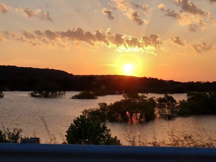 Sunrise Pond - Serene Willows