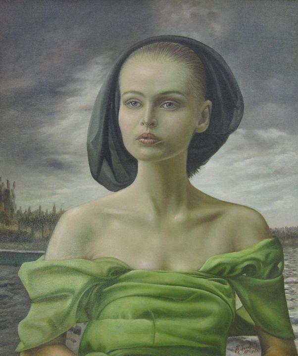 Lady in green #001 - Richard Zheng