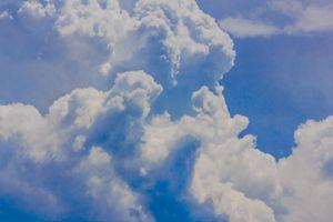 a cauliflower-shaped cloud formation