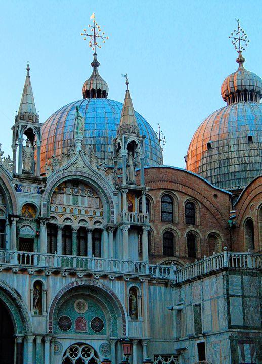 Saint Mark's Basilica, Venice, Italy - Elise Heisler