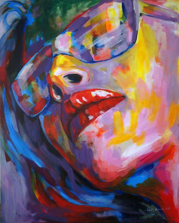Beauty of a woman with eyeglass - Ümit ÖZKANLI