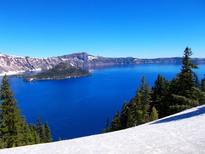 Crater Lake- Awesome - Su Stella