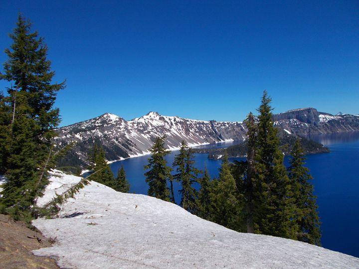 Crater Lake- Serenity - Su Stella