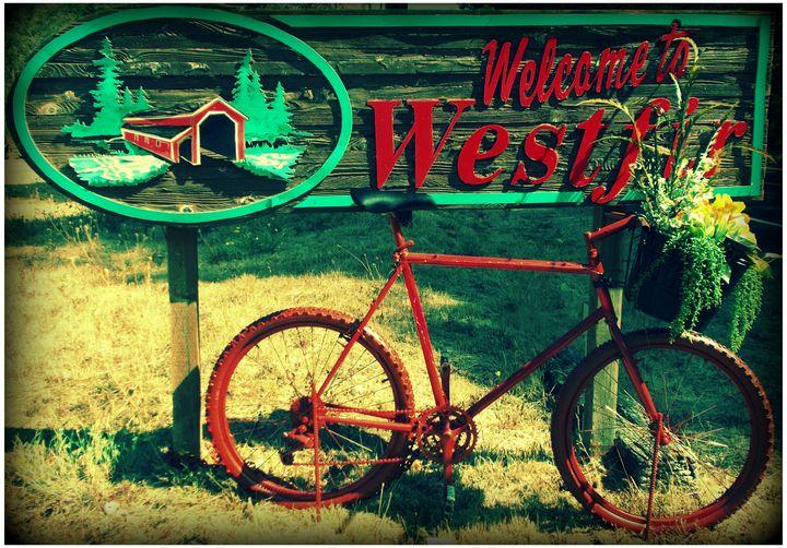 Westfir Welcomes You - Su Stella