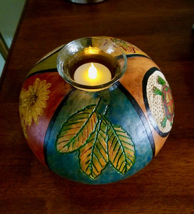 Turtle and leaves candle - Marty's Gourd Dust