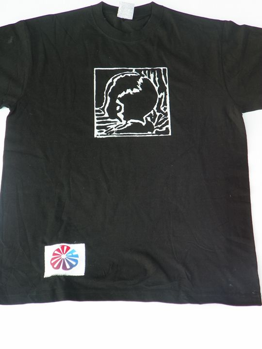 Black XL CWATIC Logo Shirt - Quwwa Artworks