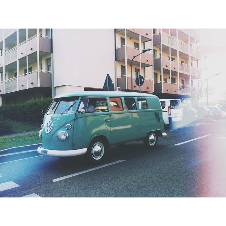 vintage bus - vasilia