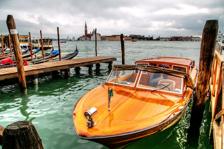 Venice Water Taxi - Henry Harrison