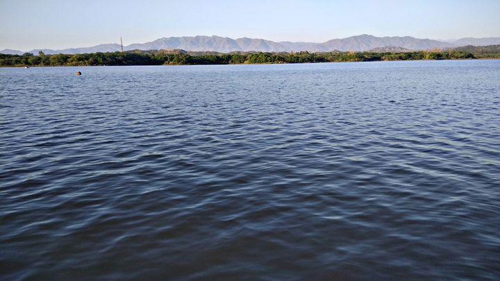 Blue water .. - Jammie