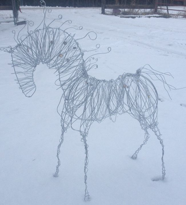 Crystal beads and Wire Horse - Wire Ponies & Paintings on Glass