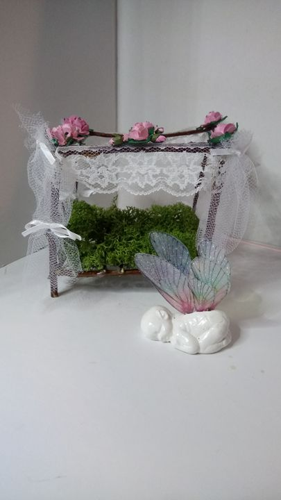 miniature Fairy cradle and baby ! - Gwen Ridley Artist