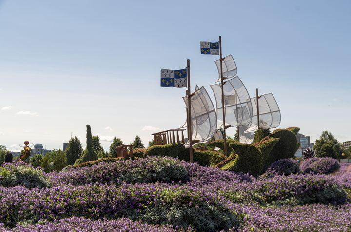 Quebec's entry: Three Ships - Bob Corson Photography