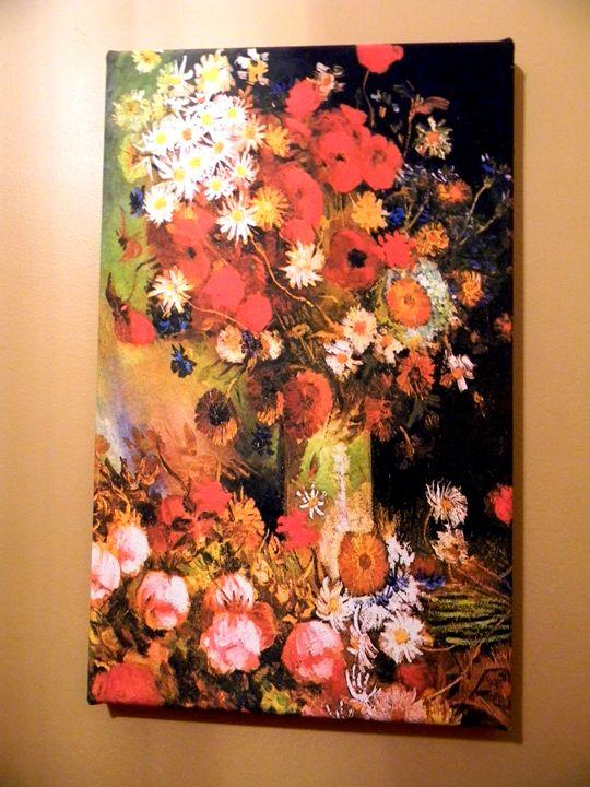 Still Flowers by Van Gogh - Chameleon Canvas Art