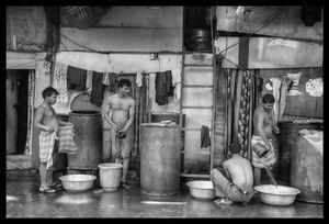 Mumbai Street Bath