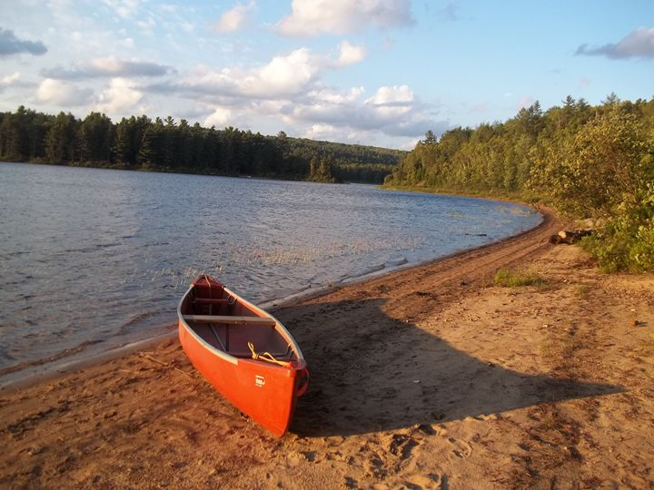 Canoe on the Shore - Old Fashioned Art