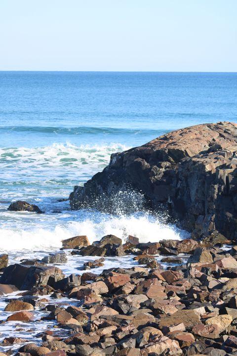 Lovely day at the shore - Antoine Khanji