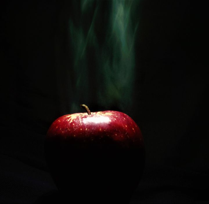Smoking Apple - CAAWorks