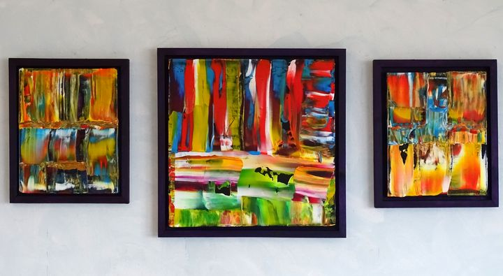 you neer be alone (triptych framed) - Conrad Bloemers
